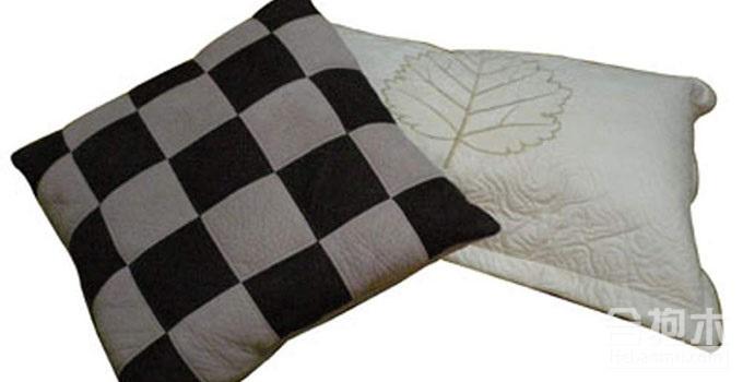 【装修公司】选购枕头有什么技巧?睡眠不好的朋友快看看吧