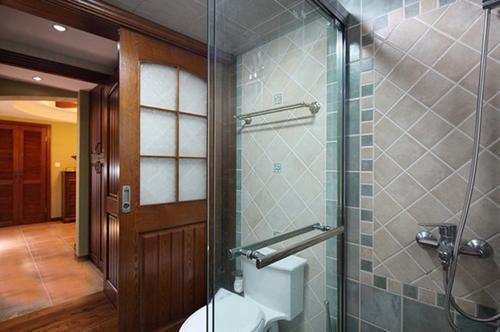 卫生间门应该向外开还是向内开