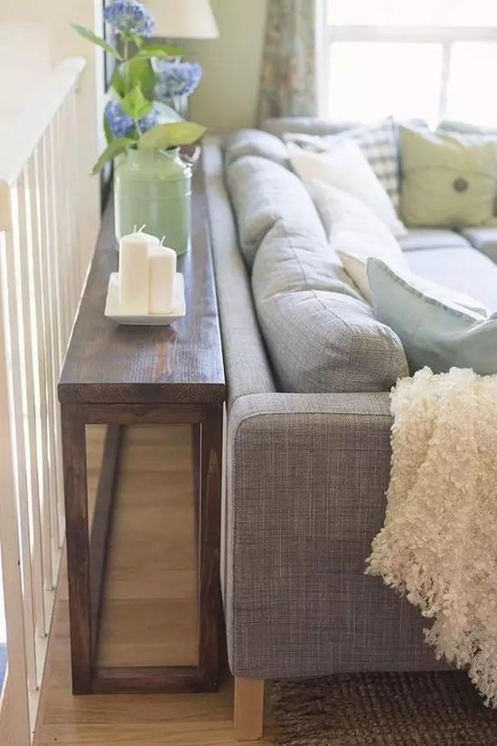 沙发不要靠墙