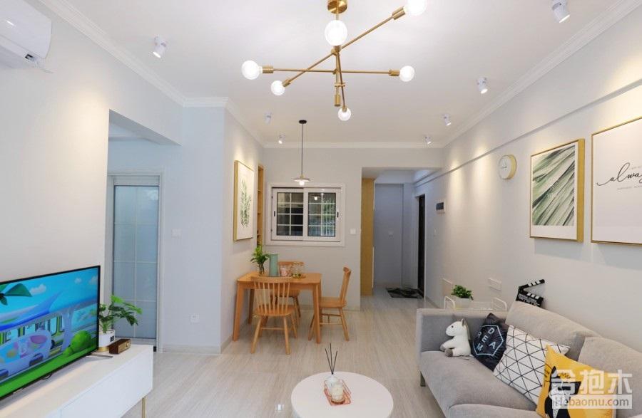 55平米小戶型房子裝修后竟這么寬敞?這裝修公司厲害咯