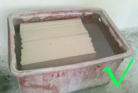 瓷砖为什么要泡水 瓷砖泡水注意事项