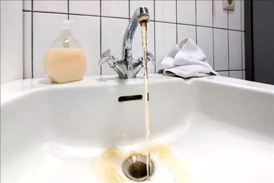水路设计时忽略了净水器的安装位置