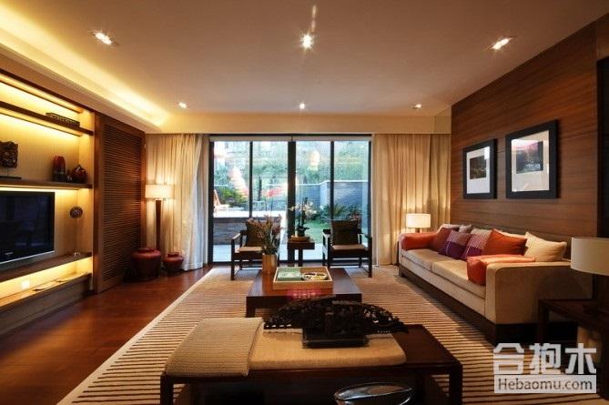 1、现代港式风格 港式风格在追求实用性的同时,还要体现现代化社会的个性与精致的特点。所以,现代港式风格装修在空间上讲究通透,一般是餐厅与客厅一体化或者开放式卧室等设计。地面与墙壁或者装饰品都要求简单精致,质地的要求也很高另外钢化玻璃等在现代港式中也会经常使用。