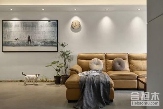 沙发+装饰画