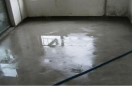合抱木装修学堂-地面装修前为什么要做地面找平养护