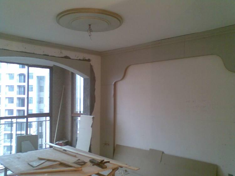 合抱木裝修學堂-【廣州裝修公司】家裝木工裝修需要注意的事項