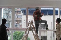 合抱木裝修學堂-廣州裝修公司告诉你:铝合金門窗安装步骤有哪些?