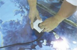 合抱木家居資訊-好消息!不怕水的插座即將投産,水中拔插頭不觸電